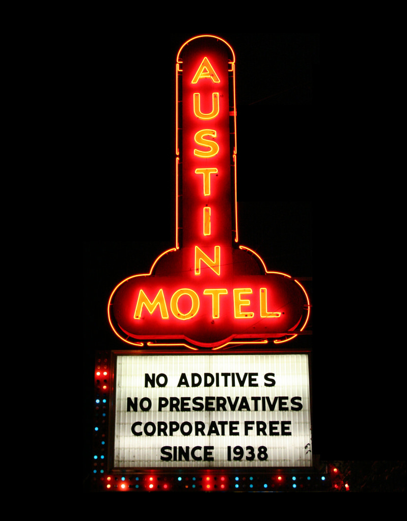 Austin Motel - 1220 South Congress Avenue, Austin, Texas U.S.A. - 2006